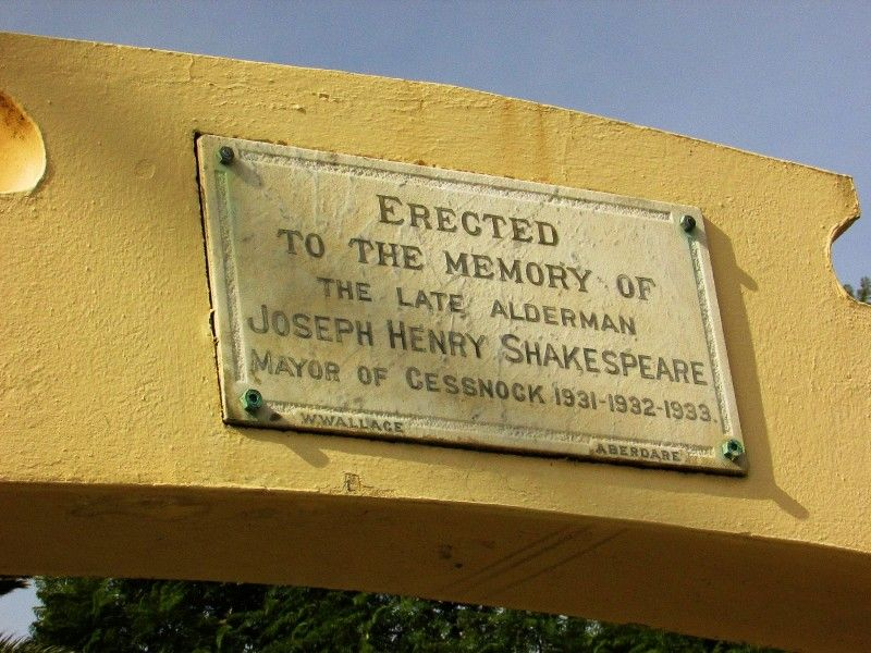 Plaque 2 : 26-May-2015