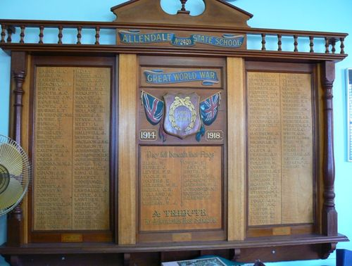 Allendale State School World War One Honour Board : 20-May-2012