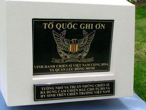 Australian Vietnamese War Memorial Plaque