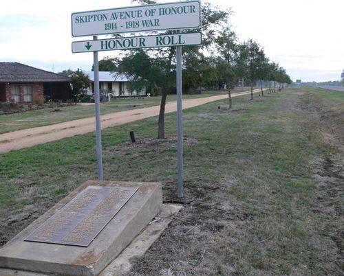 Avenue of Honour : 10-May-2012