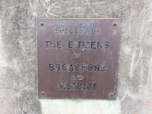 Broadford Memorial Gates Inscription : November 2013