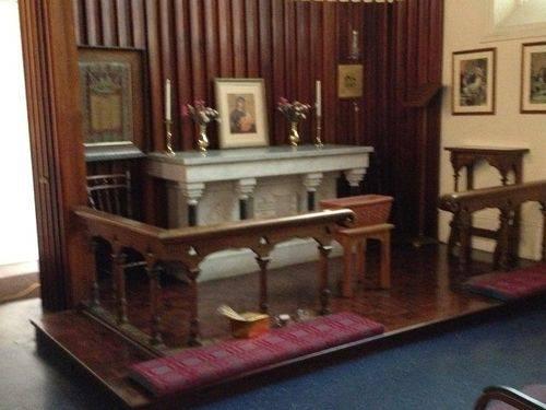 Christ Church Altar 2 : November 2013