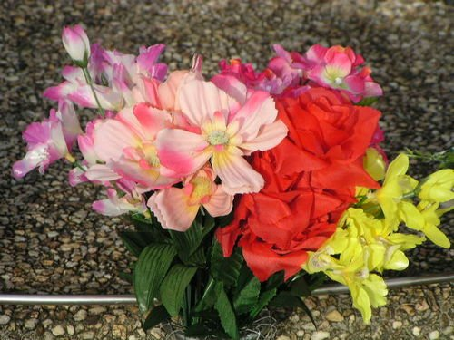Clybucca Floral Tribute
