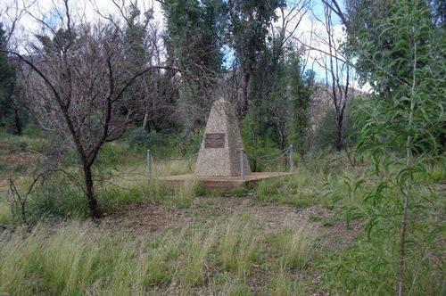 Len Stockings Monument : July 2014