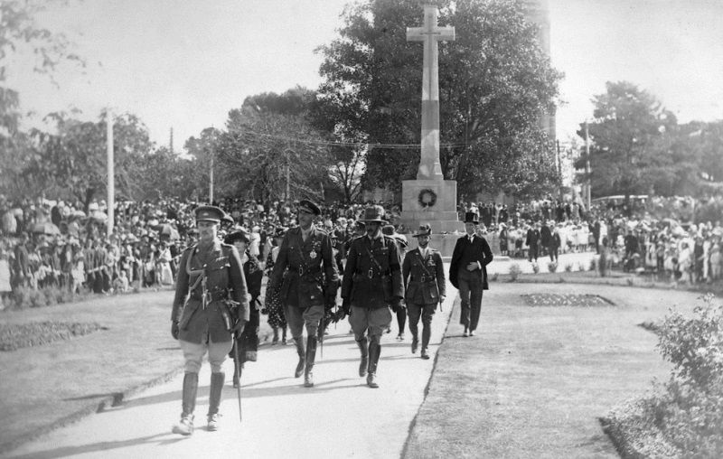 1922 : Sir Tom Bridges at a service : State Library of South Australia : PRG-280-1-36-81