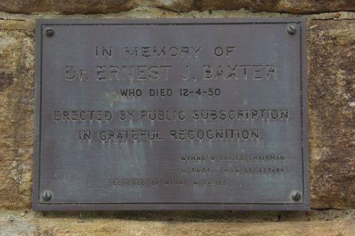 Dr Baxter Inscription Plaque : 09-04-2014
