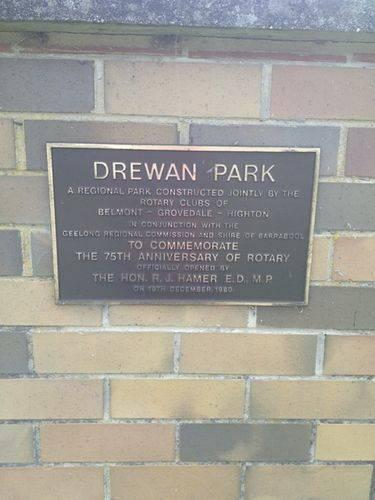 Drewan Park Plinth Inscription : 10-09-2013