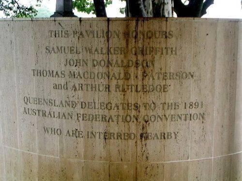 Federal Delegates Pavilion Inscription