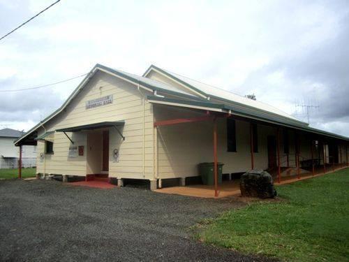 Goomboorian Memorial Hall : 10-04-2013