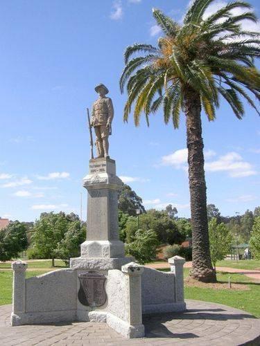 Wedderburn Soldiers Memorial : 12-09-2013