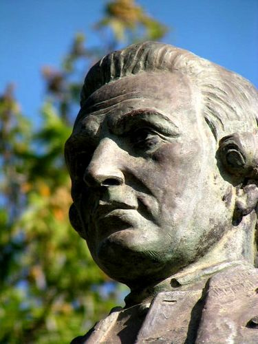 James Cook Statue  Closeup