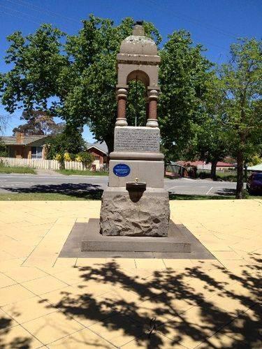 Starkie Memorial Fountain : November 2013