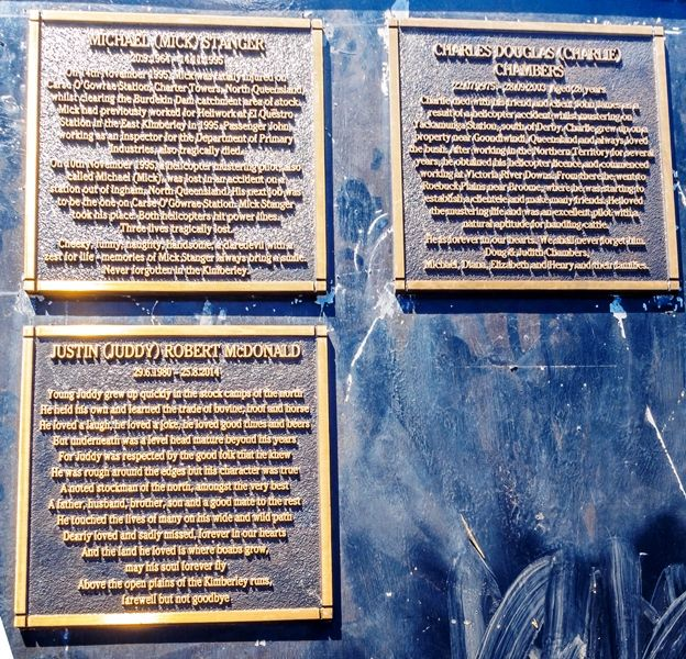 Memorial Plaques 2 : 10-June-2016