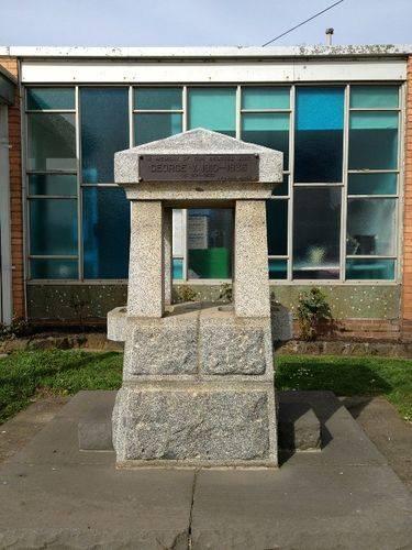 King George V Memorial : October 2013