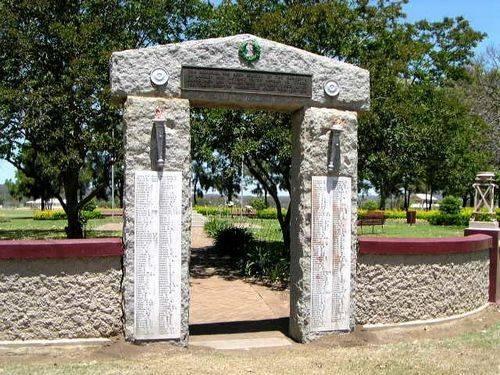 Laidley Memorial Park Gates