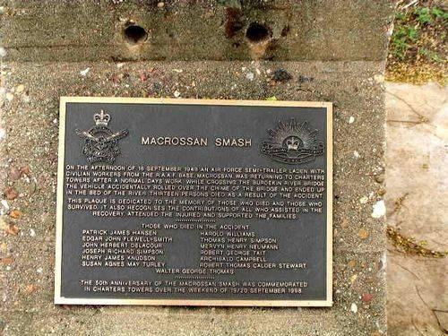 Macrossan Smash Inscription