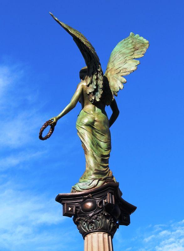 Replacement sculpture : April-2015