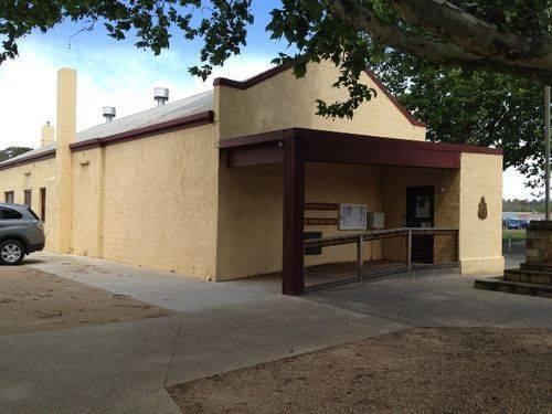 Bacchus Marsh RSL Memorial Hall : October 2013