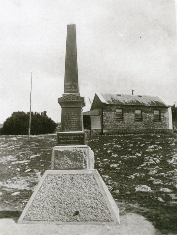 Circa 1925 : State Library of South Australia B-17467