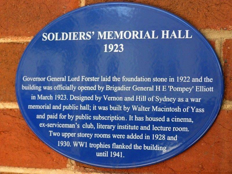 Memorial Hall Plaque : 16-October-2014