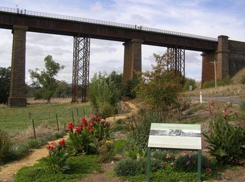 Taradale Viaduct : 15-04-2014