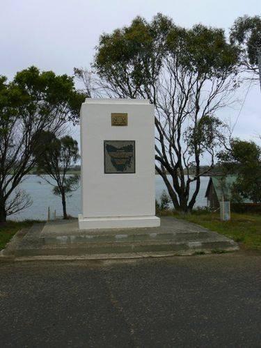 Tasman Monument