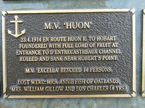 M.V.Huon Plaque : 2007