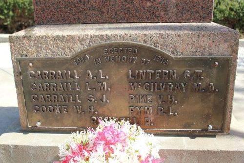 Tungkillo War Memorial : 05-May-2012