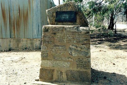 W MacGillivray Memorial Drive Marker