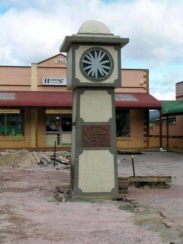 Walpole Memorial Clock