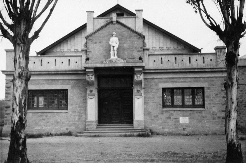 1932 : State Library of South Australia-B-8559