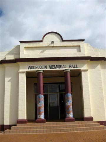 Wooroolin Memorial Hall 2 : 22-07-2009