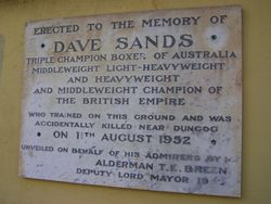 Memorial Plaque : 21-September-2014