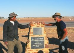 1994 : Danny & Denis at Ted Colson monument (Denis Bartell)