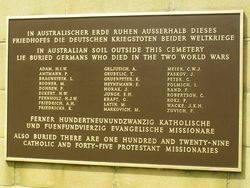 Memorial Plaque : 19-October-2014