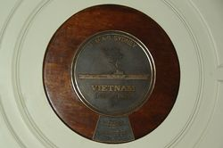 Vietnam Plaque : September-2014