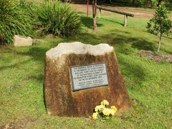 Plaque 1 : 19-May-2015