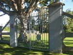 Peace Memorial Park Gates : 04-07-2009