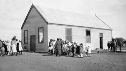 22-July-1922 : State Library of South Australia - B-1040