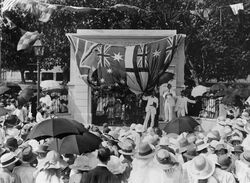 09-December-1921 : Unveiling (State Library of Queensland)
