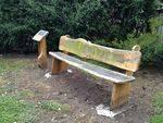 St Thomas Memorial Seats : November 2013