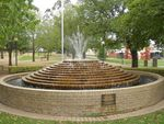 Sunbury Water Fountain : 18-04-2014