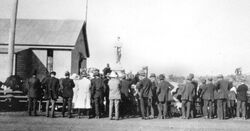 25-April-1922 : Unveiling (State Library of Queensland)