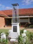 Yenda WW1 Cenotaph : 27-03-2014